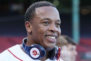 Dr. Dre - Beats headphones